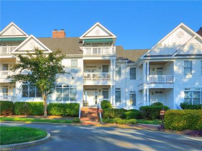 New London NC Condo/Townhouse For Sale: $359,000