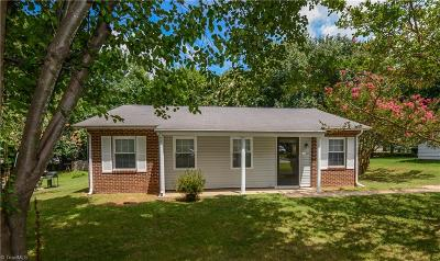 Greensboro Single Family Home For Sale: 3108 Kilkenny Avenue