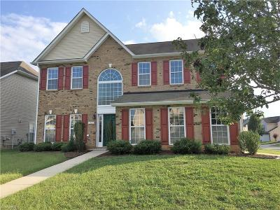 Guilford County Single Family Home For Sale: 6820 Championship Drive