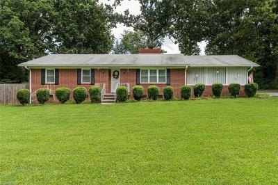 Alamance County Single Family Home For Sale: 1229 Pyrtle Drive