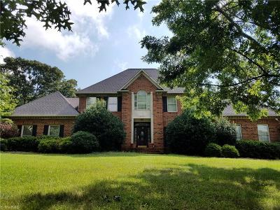 Greensboro Single Family Home For Sale: 6002 Still Run Drive
