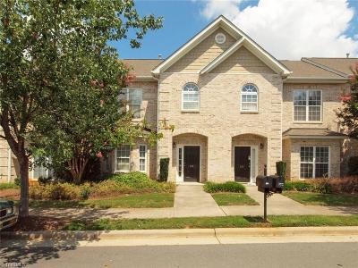 Winston Salem Condo/Townhouse For Sale: 386 Summergate Drive