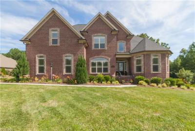 Winston Salem Single Family Home For Sale: 116 Mossy Oak Drive