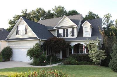 Burlington Single Family Home For Sale: 103 Carson Farms Drive E