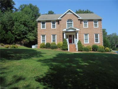 Kernersville Single Family Home For Sale: 1013 Hollow Creek Lane