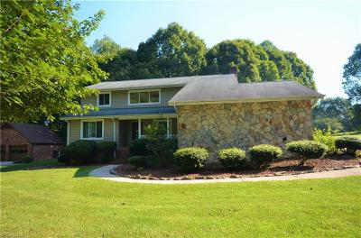 Kernersville Single Family Home For Sale: 477 Essen Place