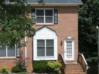 Clemmons Condo/Townhouse For Sale: 1433 King Charles Drive