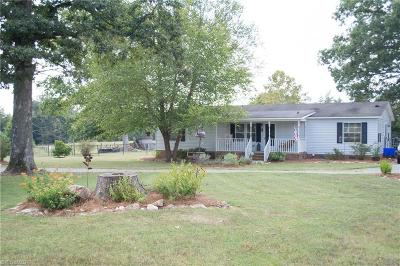 Alamance County Single Family Home For Sale: 4941 Rumley Road