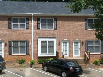 Clemmons Condo/Townhouse Due Diligence Period: 1437 King Charles Drive