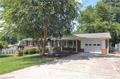 Winston Salem Single Family Home For Sale: 1149 Evergreen Drive