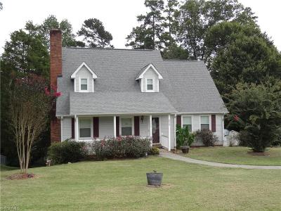 Clemmons Single Family Home For Sale: 5345 Moss Creek Lane