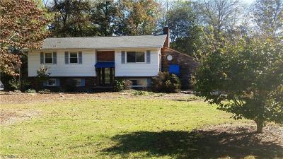 Mocksville Single Family Home For Sale: 117 Cedar Forest Lane