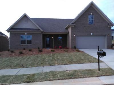 Pfafftown Single Family Home For Sale: 4550 Olivine Lane