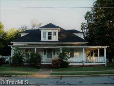 Alamance County Multi Family Home For Sale: 120 Anthony Street