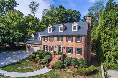Guilford County Single Family Home For Sale: 803 Seven Oaks Drive