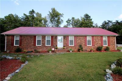 Guilford County Single Family Home For Sale: 5007 Field Horney Road