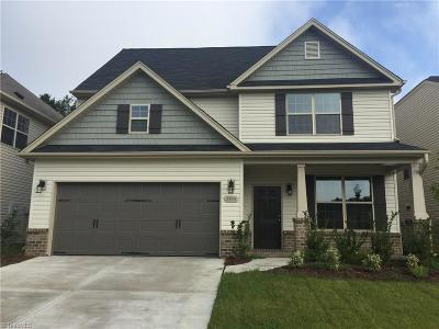 Winston Salem Single Family Home For Sale: 3785 Crestwell Cove Court