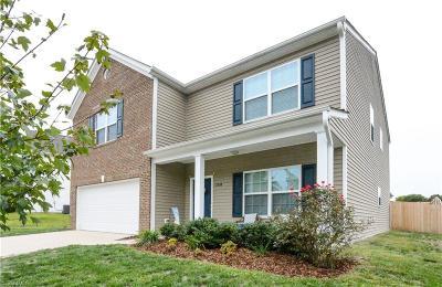 Alamance County Single Family Home For Sale: 2538 Covington Loop