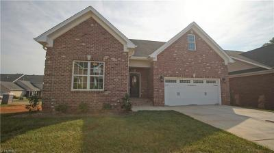 Kernersville Condo/Townhouse For Sale: 350 Carlisle Park Drive