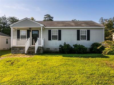 Alamance County Single Family Home For Sale: 912 Herman Blue Court