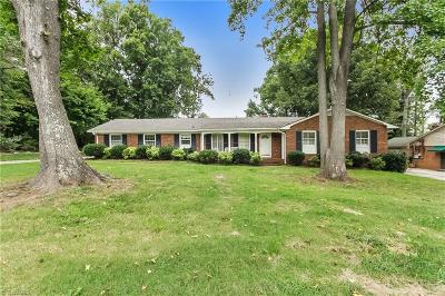 Alamance County Single Family Home For Sale: 3337 Elk Drive