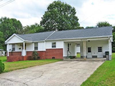 Rockingham County Single Family Home For Sale: 1828 Maryland Avenue