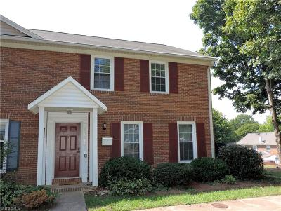 Winston Salem Condo/Townhouse For Sale: 4020 Huntingreen Lane #F