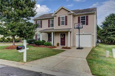 Winston Salem Single Family Home For Sale: 3700 Thornaby Circle