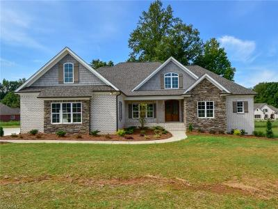 Kernersville Single Family Home For Sale: 9005 Beaver Pond Court