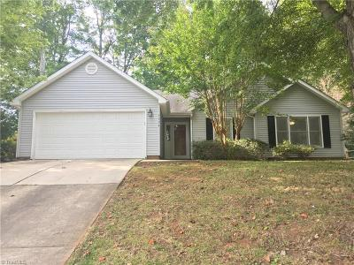 Greensboro Single Family Home For Sale: 3994 Briargate Drive