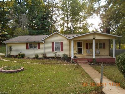Stoneville Single Family Home For Sale: 120 Harvey Road