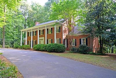 Greensboro Single Family Home For Sale: 2602 Lake Forest Drive