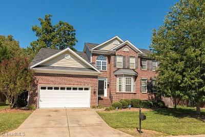 Clemmons Single Family Home For Sale: 2063 Waterford Village Drive