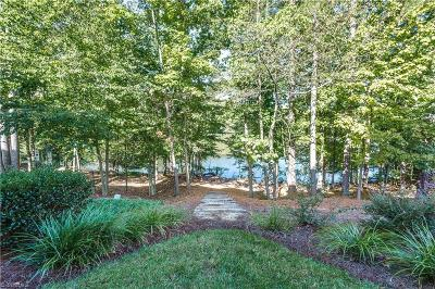 Greensboro Condo/Townhouse For Sale: 25 Old Saybrook Drive