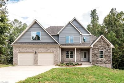 Alamance County Single Family Home For Sale: 1111 Windham Court