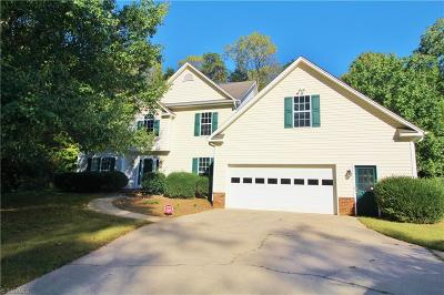Kernersville Single Family Home For Sale: 645 Doe Run Drive