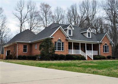 Alamance County Single Family Home For Sale: 5742 Laurel Ridge Drive