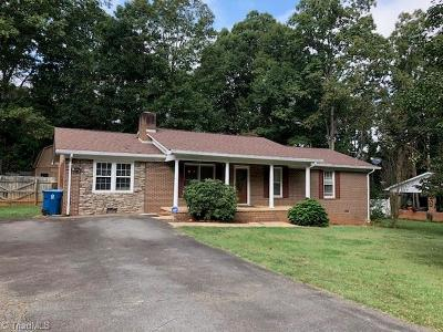 Mocksville Single Family Home For Sale: 123 Redwood Drive