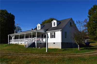 Walnut Cove NC Single Family Home For Sale: $389,900