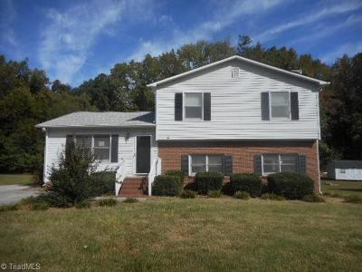Greensboro Single Family Home For Sale: 104 Brook Pine Drive