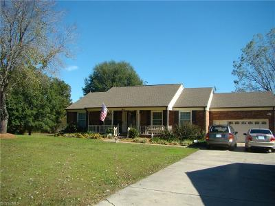 Whitsett Single Family Home For Sale: 3915 Brook Hollow Road