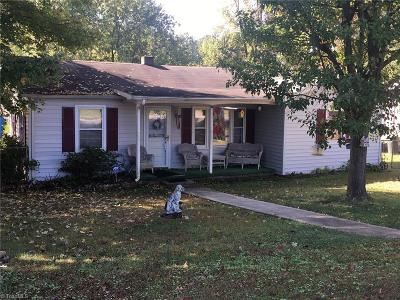 Greensboro Single Family Home For Sale: 3803 Daye Drive