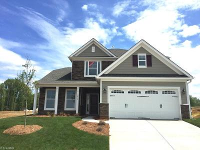 Clemmons Single Family Home For Sale: 6465 Bluestone Park Drive
