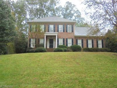 Greensboro Single Family Home For Sale: 4709 Bluff Run Drive