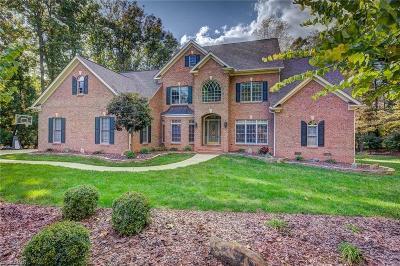 Oak Ridge Single Family Home For Sale: 5809 Autumn Gate Drive