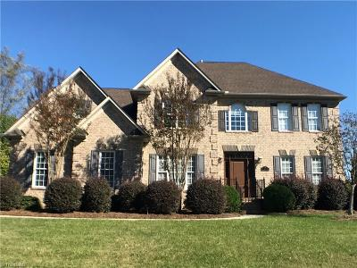 Lewisville Single Family Home For Sale: 375 Riverwood Drive