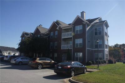 High Point Condo/Townhouse For Sale: 3773 Marble Drive #3A