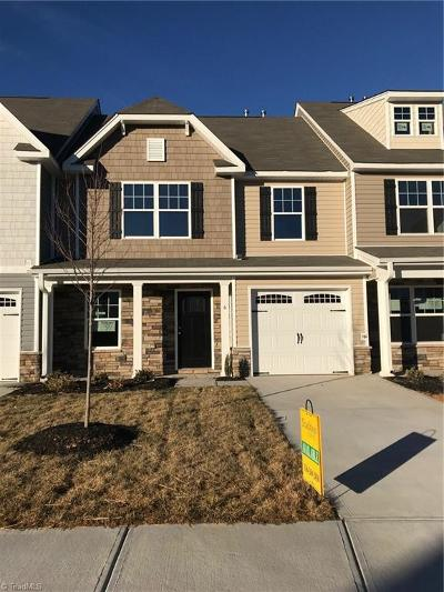 Kernersville Condo/Townhouse For Sale: 106 Covington Cove Court