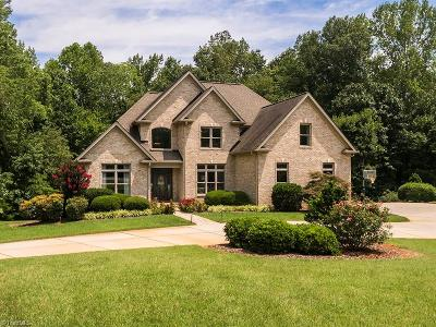 High Point Single Family Home For Sale: 275 Abbotts Crossing