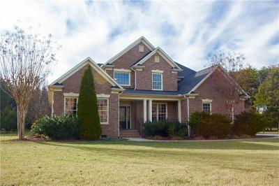 Kernersville Single Family Home For Sale: 7805 Charles Place Drive